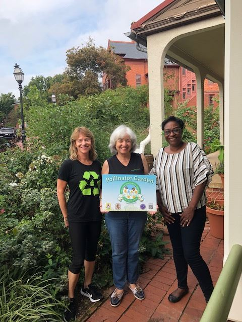 (Left to Right) Lynne Forsman (Annapolis Green), Elvia Thompson (Annapolis Green) and Raycine Hodo (City of Annapolis).